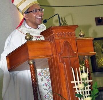 Mgr. Paskalis Melantik DPP – DKP Paroki St. Herkulanus