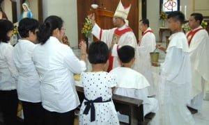 011115 Pemercikan oleh Bapa Uskup
