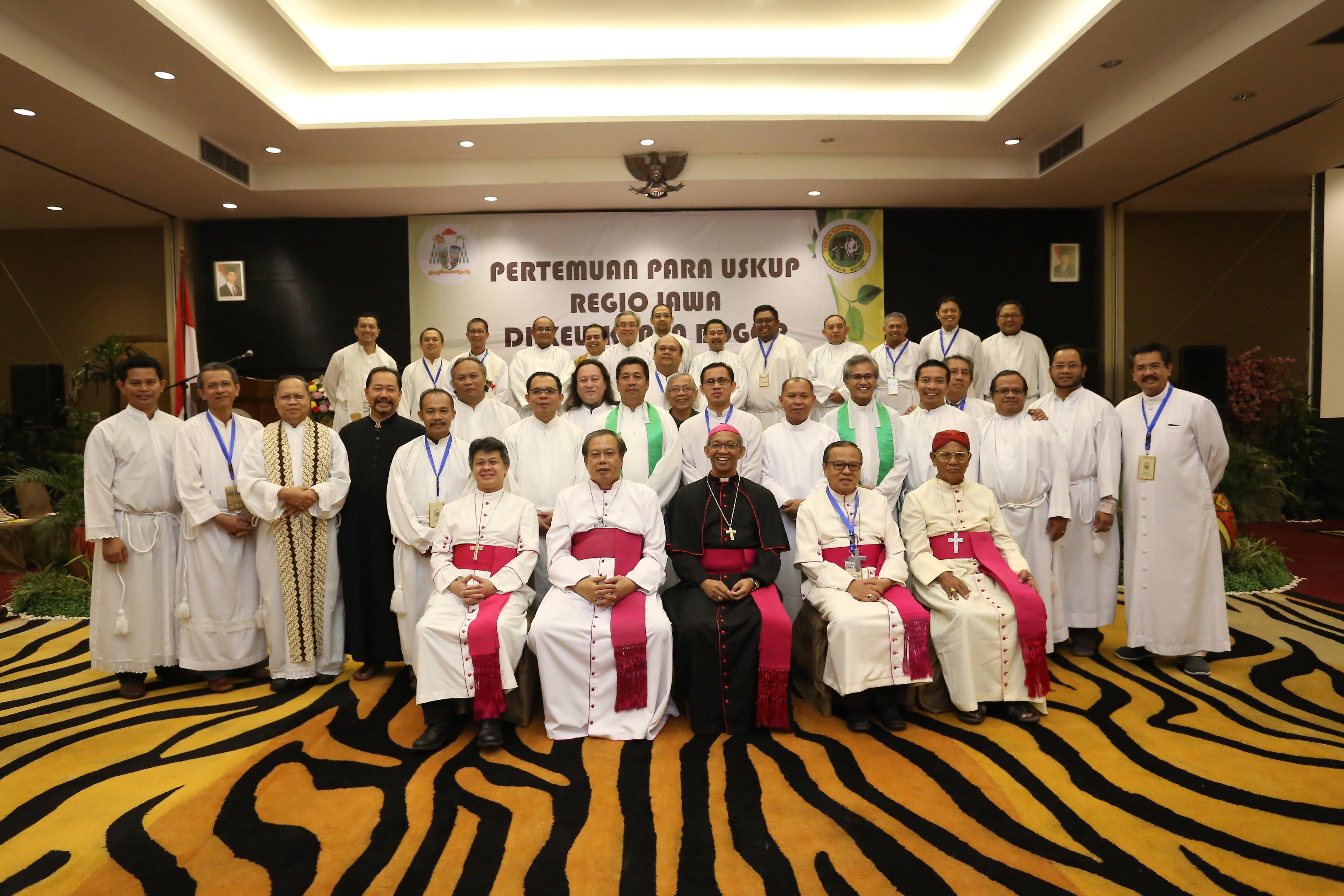 Pertemuan Kuria Keuskupan Regio Jawa