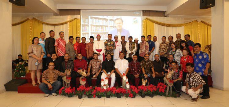 """""""Damai dan Sukacita Harus Dirasakan Semua Orang"""" Pesan Natal Keuskupan Bogor 2017"""