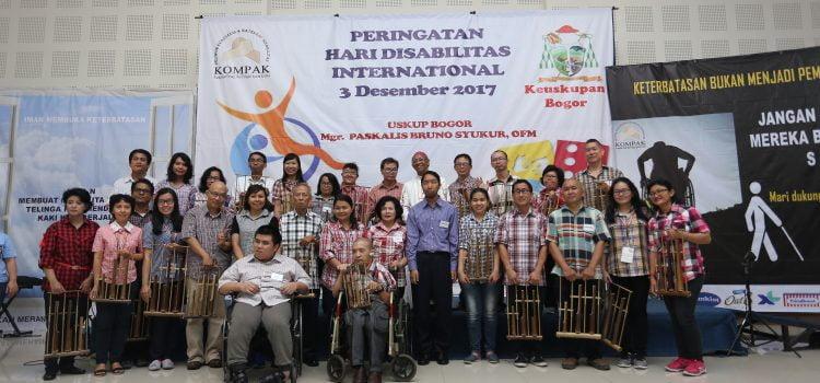 Peringatan Hari Disabilitas Internasional 2017 di Keuskupan Bogor: Mari Dukung Iman Disabilitas, Jangan Biarkan Mereka Jalan Sendiri