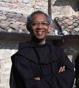 Pastur-Bruno-Paskalis-Syukur-OFM-Uskup-baru-Diosis-Bogor-300x333